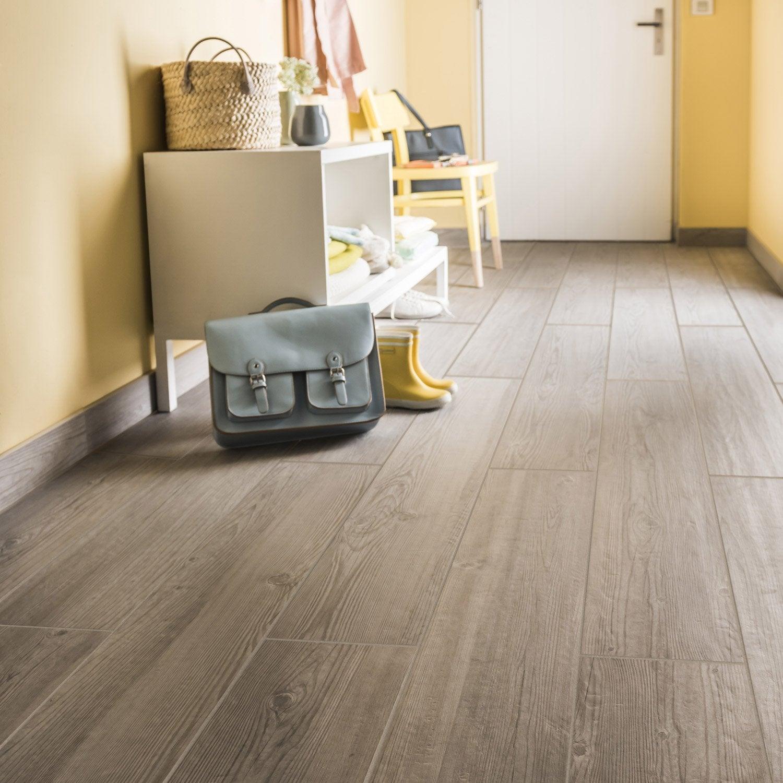Carrelage sol et mur gris clais effet bois islande x for Impermeabilisant carrelage leroy merlin