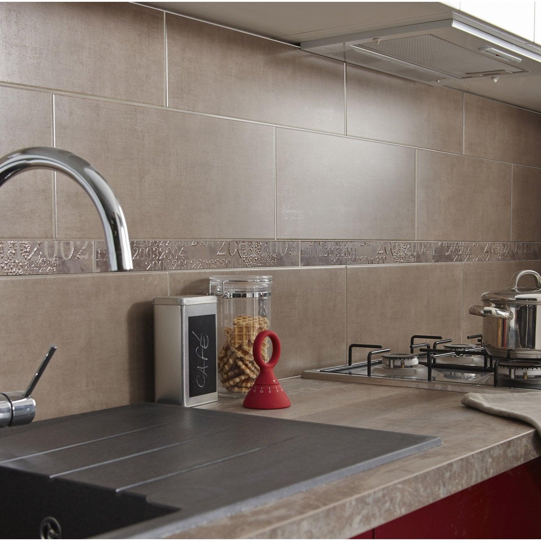 carrelage mural cuisine taupe. Black Bedroom Furniture Sets. Home Design Ideas