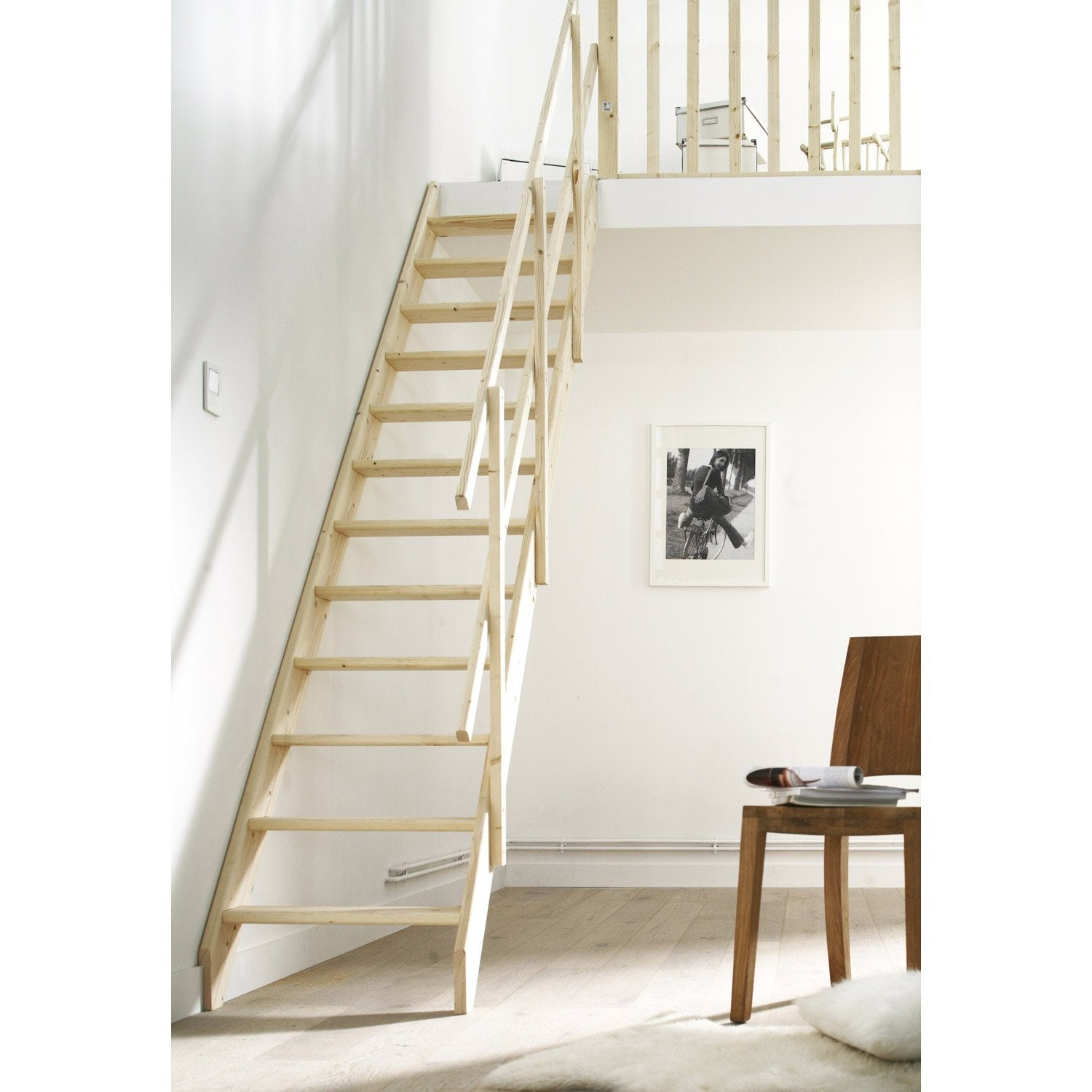 echelle escalier echelle escalier with echelle escalier escalier city qt bas mtal std marches. Black Bedroom Furniture Sets. Home Design Ideas