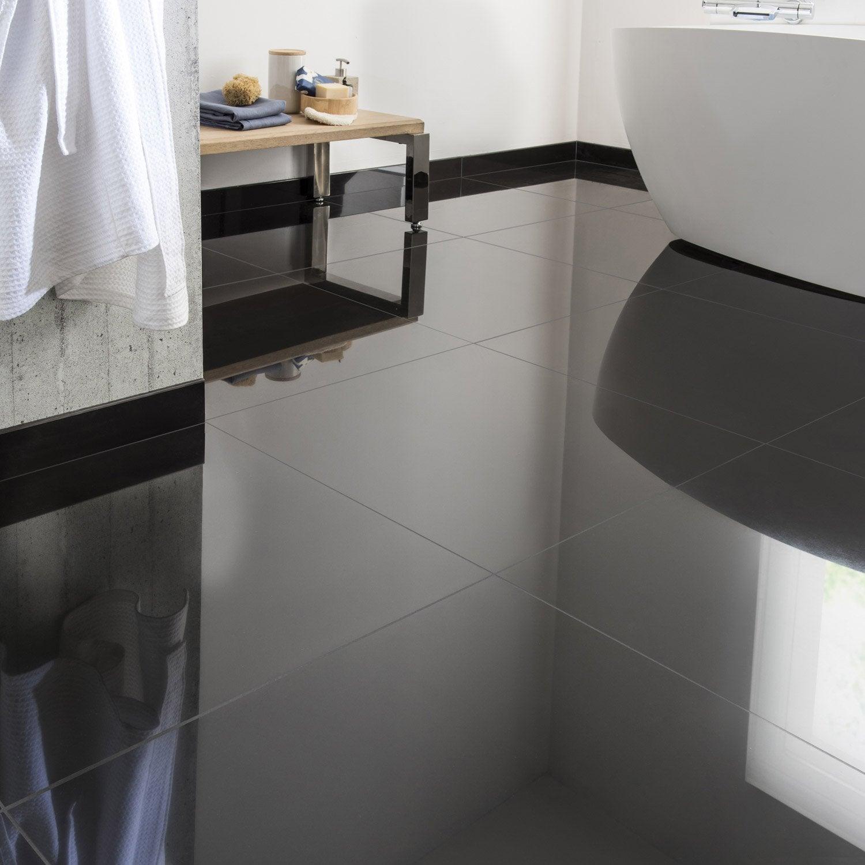 Carrelage sol et mur noir effet uni crystal x cm for Peinture sur carrelage leroy merlin