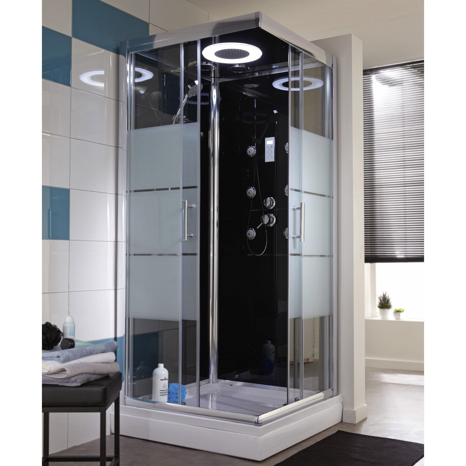 Cabine de douche carr 90x90 cm optima2 noire leroy merlin for Carrelage douche leroy merlin
