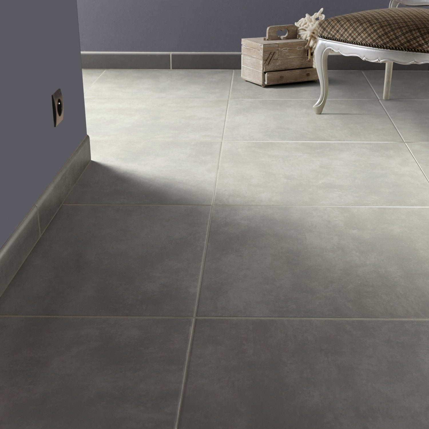 Carrelage sol et mur anthracite effet b ton blackpool for Carrelage interieur gris anthracite