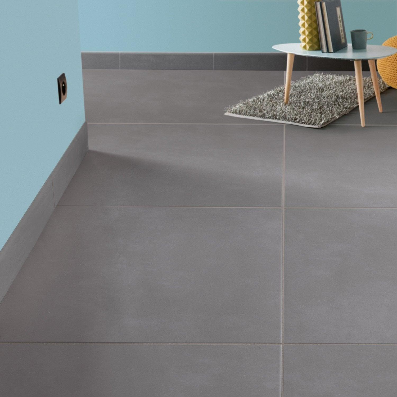 Carrelage sol et mur gris souris effet b ton blackpool l for Carrelage salon leroy merlin