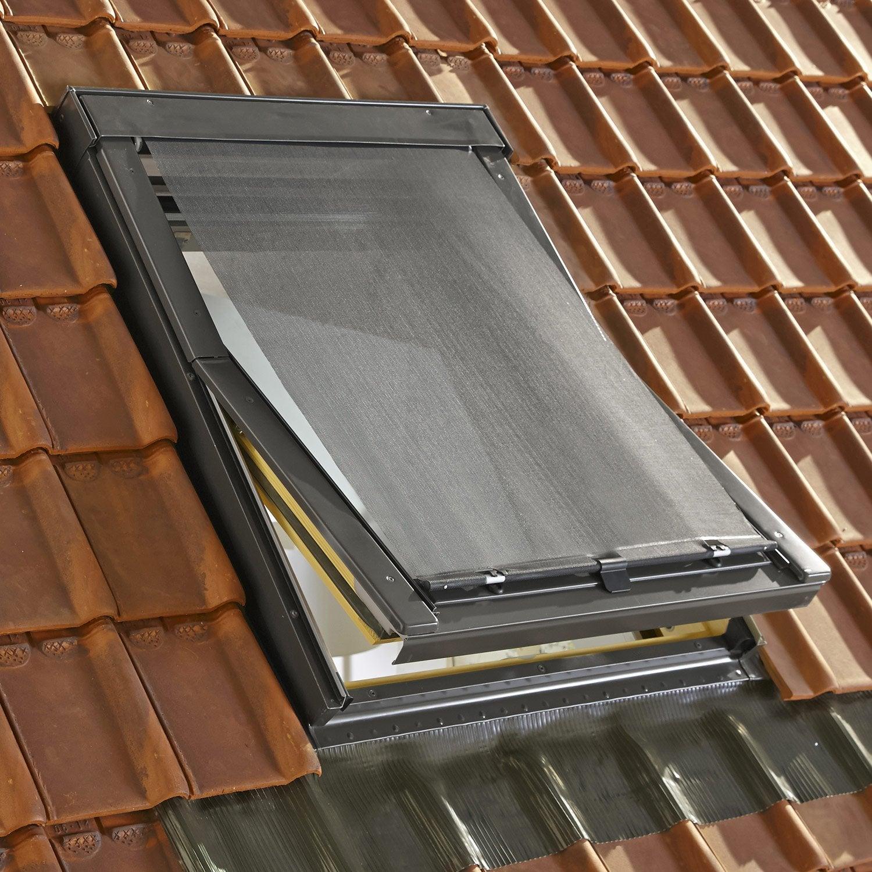 Store fen tre de toit pare soleil ext rieur noir artens for Store exterieur fenetre castorama