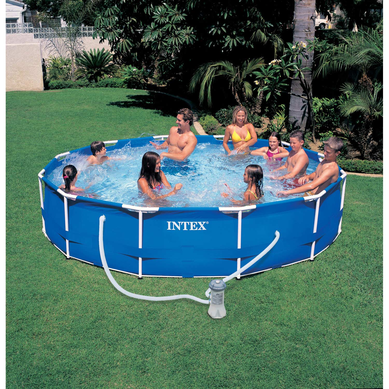 Piscine hors sol autoportante tubulaire metal frame intex diam x h m leroy merlin for Piscines hors sol leroy merlin
