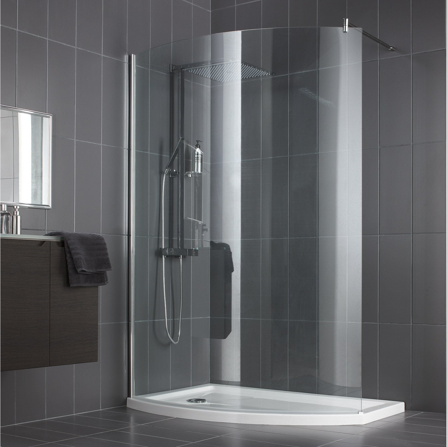 Paroi de douche l 39 italienne look profil chrom l 140cm leroy merlin for Photo de douche a l italienne