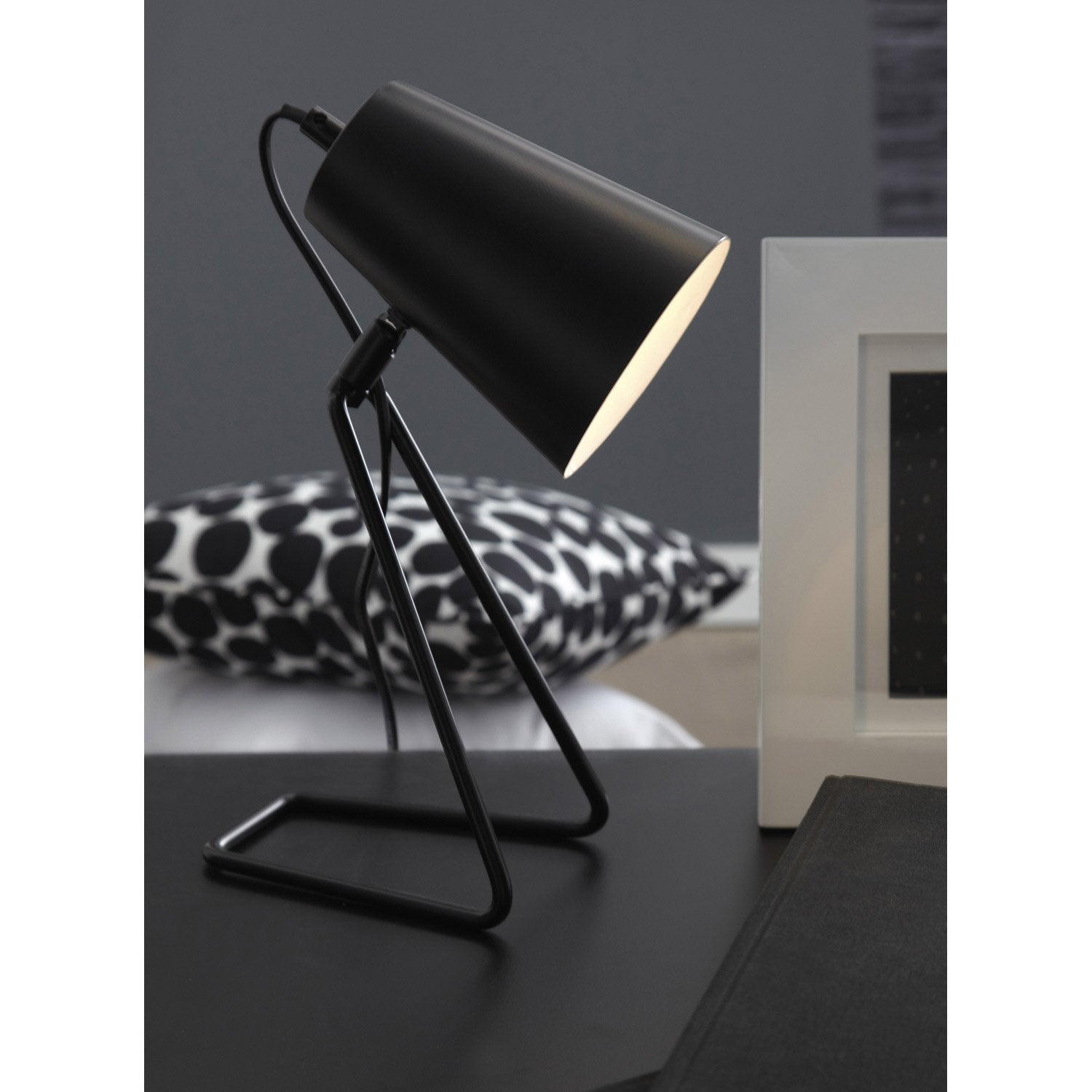 lampe e14 moeta inspire m tal noir 40 w leroy merlin. Black Bedroom Furniture Sets. Home Design Ideas