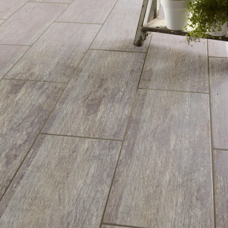 Carrelage sol et mur gris effet bois cuba x cm leroy merlin - Carrelage exterieur imitation bois leroy merlin ...