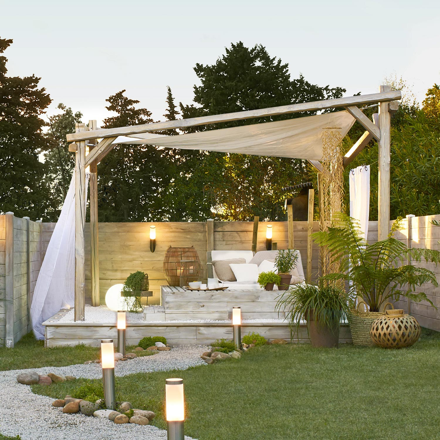 construire une pergola bois fashion designs. Black Bedroom Furniture Sets. Home Design Ideas