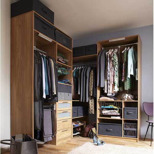 am nagement placard dressing et meuble de rangement rangement dressing leroy merlin. Black Bedroom Furniture Sets. Home Design Ideas