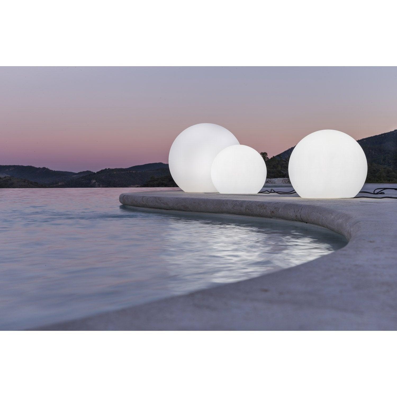 Boule lumineuse jardin sans fil castorama for Decoration eclairage exterieur