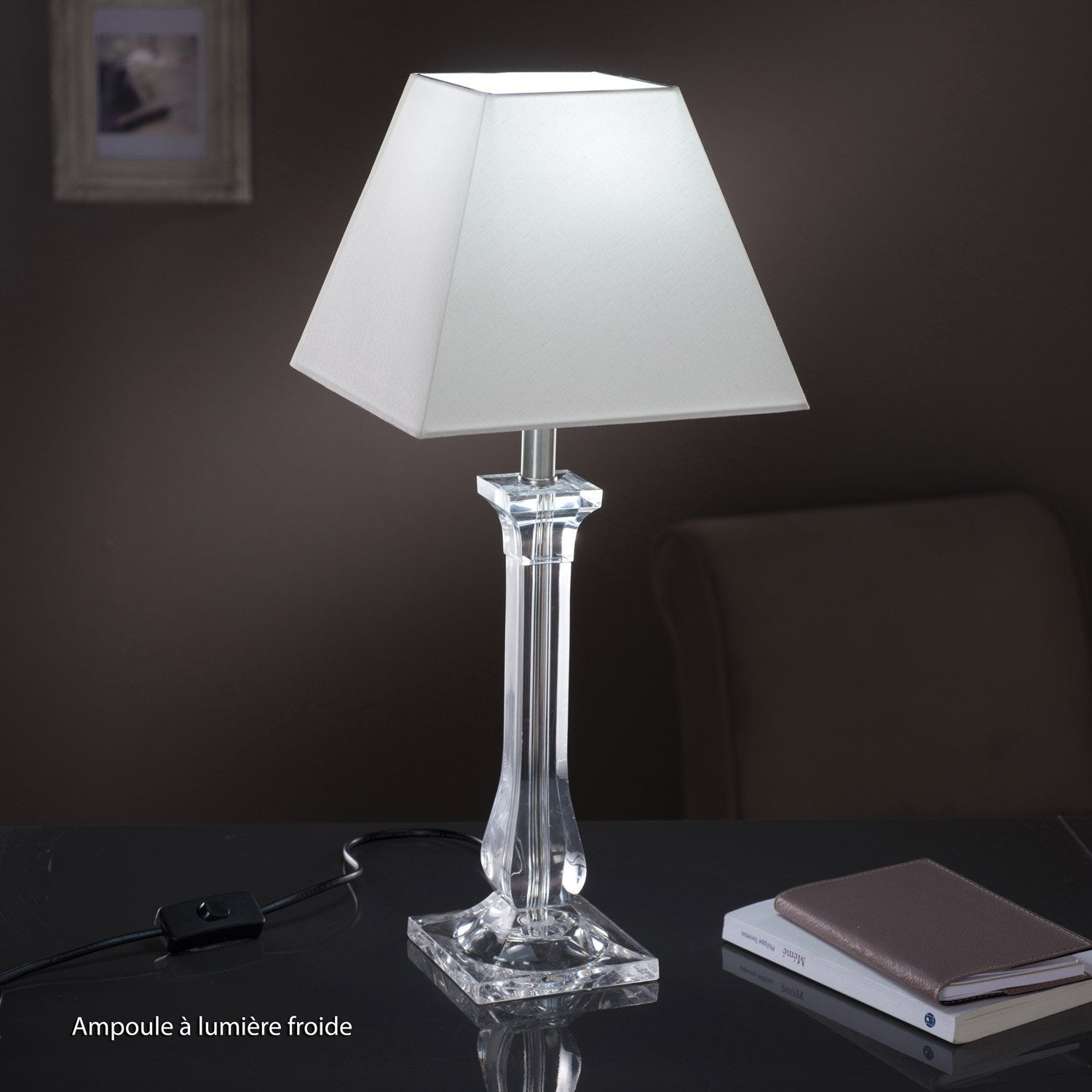 Pied de lampe fantasy acrylique transparent 39 cm for Lampe de chevet en cristal